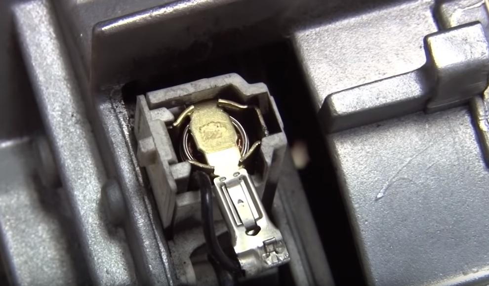 Замена щеток Bosch